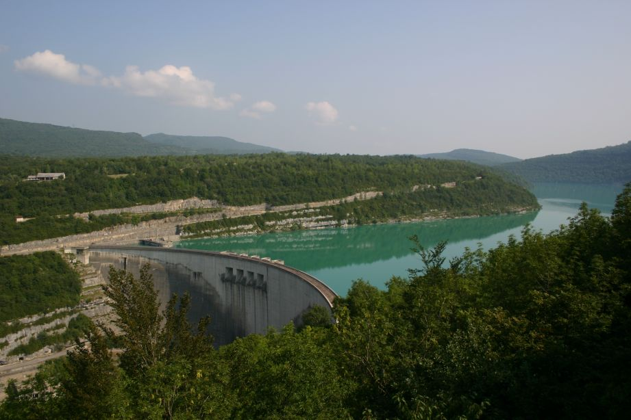 The dam at the south end of the 35km Lake of Vouglans